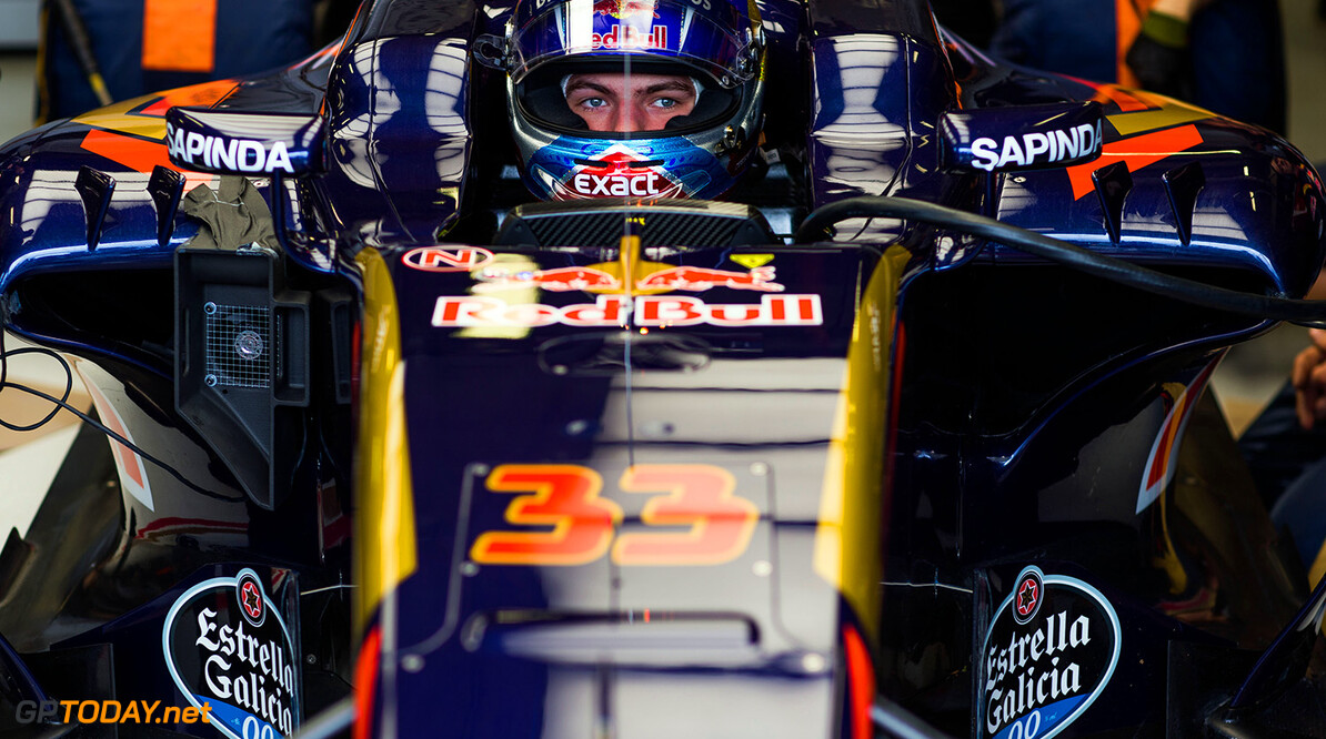 MELBOURNE, AUSTRALIA - MARCH 18:  Max Verstappen of Scuderia Toro Rosso and The Netherlands during practice ahead of the Australian Formula One Grand Prix at Albert Park on March 18, 2016 in Melbourne, Australia.  (Photo by Peter Fox/Getty Images) // Getty Images / Red Bull Content Pool  // P-20160318-00131 // Usage for editorial use only // Please go to www.redbullcontentpool.com for further information. //  Australian F1 Grand Prix - Practice Peter Fox Melbourne Australia  P-20160318-00131