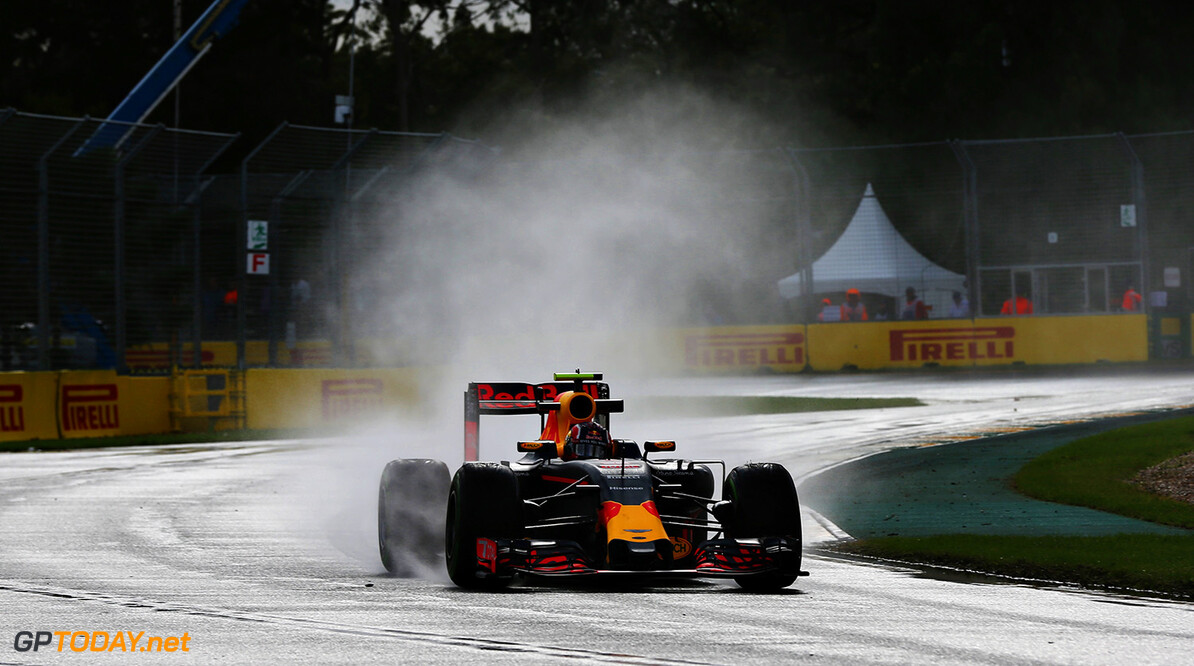 MELBOURNE, AUSTRALIA - MARCH 18: Daniil Kvyat of Russia drives the (26) Red Bull Racing Red Bull-TAG Heuer RB12 TAG Heuer on track during practice ahead of the Australian Formula One Grand Prix at Albert Park on March 18, 2016 in Melbourne, Australia.  (Photo by Mark Thompson/Getty Images) // Getty Images / Red Bull Content Pool  // P-20160318-00177 // Usage for editorial use only // Please go to www.redbullcontentpool.com for further information. //  Australian F1 Grand Prix - Practice Mark Thompson Melbourne Australia  P-20160318-00177