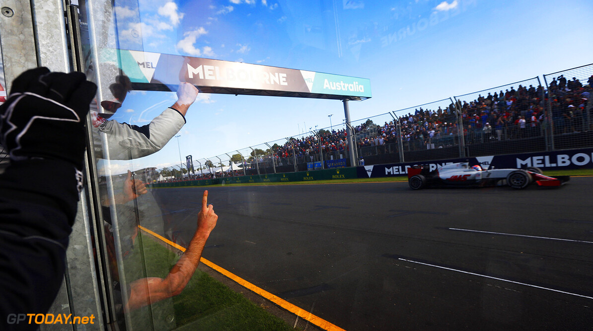 Albert Park, Melbourne, Australia. Sunday 20 March 2016. World Copyright: Sam Bloxham/LAT Photographic ref: Digital Image _R6T4088  Sam Bloxham    f1, formula 1, formula one, aus, oz, gp, grand prix,  ts-live,,,,,,,