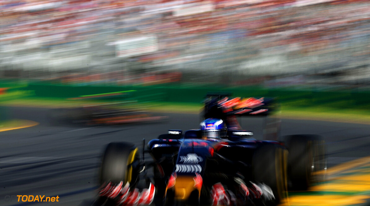 MELBOURNE, AUSTRALIA - MARCH 20: Max Verstappen of the Netherlands drives the (33) Scuderia Toro Rosso STR11 Ferrari 059/5 turbo on track during the Australian Formula One Grand Prix at Albert Park on March 20, 2016 in Melbourne, Australia.  (Photo by Lars Baron/Getty Images) // Getty Images / Red Bull Content Pool  // P-20160320-00233 // Usage for editorial use only // Please go to www.redbullcontentpool.com for further information. //  Australian F1 Grand Prix Lars Baron Melbourne Australia  P-20160320-00233