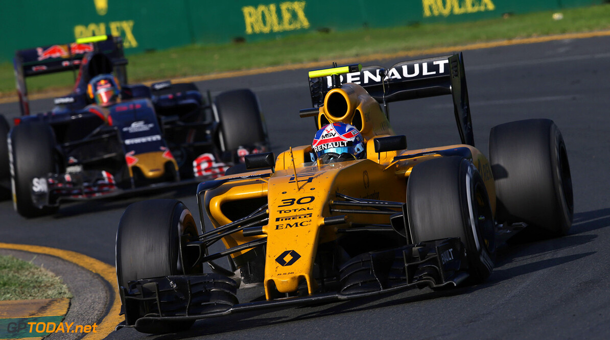 Formula One World Championship Jolyon Palmer (GBR) Renault Sport F1 Team RS16. Australian Grand Prix, Sunday 20th March 2016. Albert Park, Melbourne, Australia. Motor Racing - Formula One World Championship - Australian Grand Prix - Race Day - Melbourne, Australia Renault Sport Formula One Team Melbourne Australia  Formula One Formula 1 F1 GP Grand Prix Circuit Australia Australian Oz Albert Park Melbourne JM541 Action Track moyf12016 GP1601d