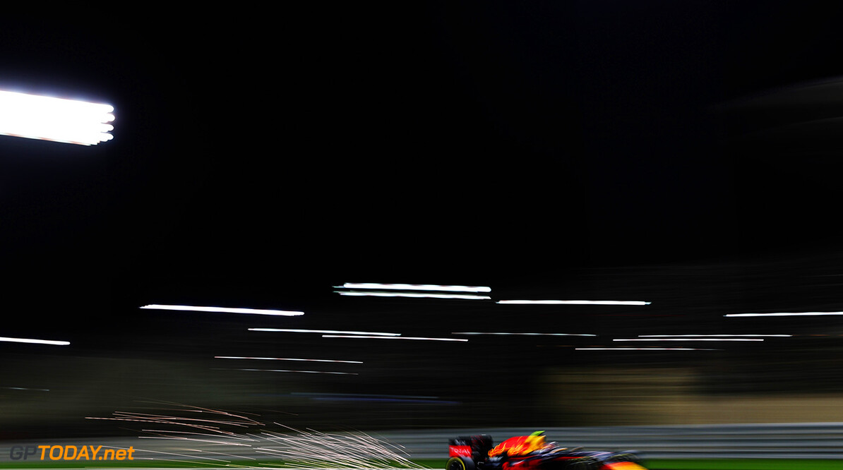 SAKHIR, BAHRAIN - APRIL 01: Daniil Kvyat of Russia drives the (26) Red Bull Racing Red Bull-TAG Heuer RB12 TAG Heuer with sparks coming from his car on track during practice for the Bahrain Formula One Grand Prix at Bahrain International Circuit on April 1, 2016 in Sakhir, Bahrain.  (Photo by Mark Thompson/Getty Images) // Getty Images / Red Bull Content Pool  // P-20160401-00774 // Usage for editorial use only // Please go to www.redbullcontentpool.com for further information. //  F1 Grand Prix of Bahrain - Practice Mark Thompson As Sakhir Bahrain  P-20160401-00774