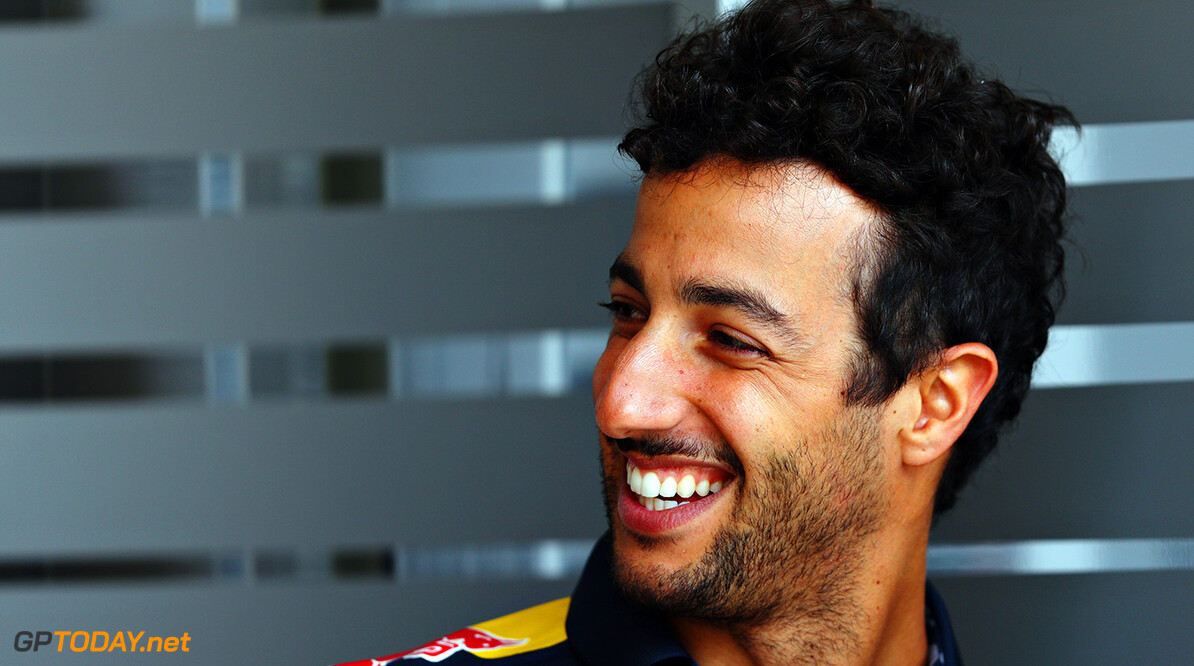 SAKHIR, BAHRAIN - MARCH 31: Daniel Ricciardo of Australia and Red Bull Racing in the Paddock during previews ahead of the Bahrain Formula One Grand Prix at Bahrain International Circuit on March 31, 2016 in Sakhir, Bahrain.  (Photo by Clive Mason/Getty Images) // Getty Images / Red Bull Content Pool  // P-20160401-00250 // Usage for editorial use only // Please go to www.redbullcontentpool.com for further information. //  F1 Grand Prix of Bahrain - Previews Clive Mason As Sakhir Bahrain  P-20160401-00250