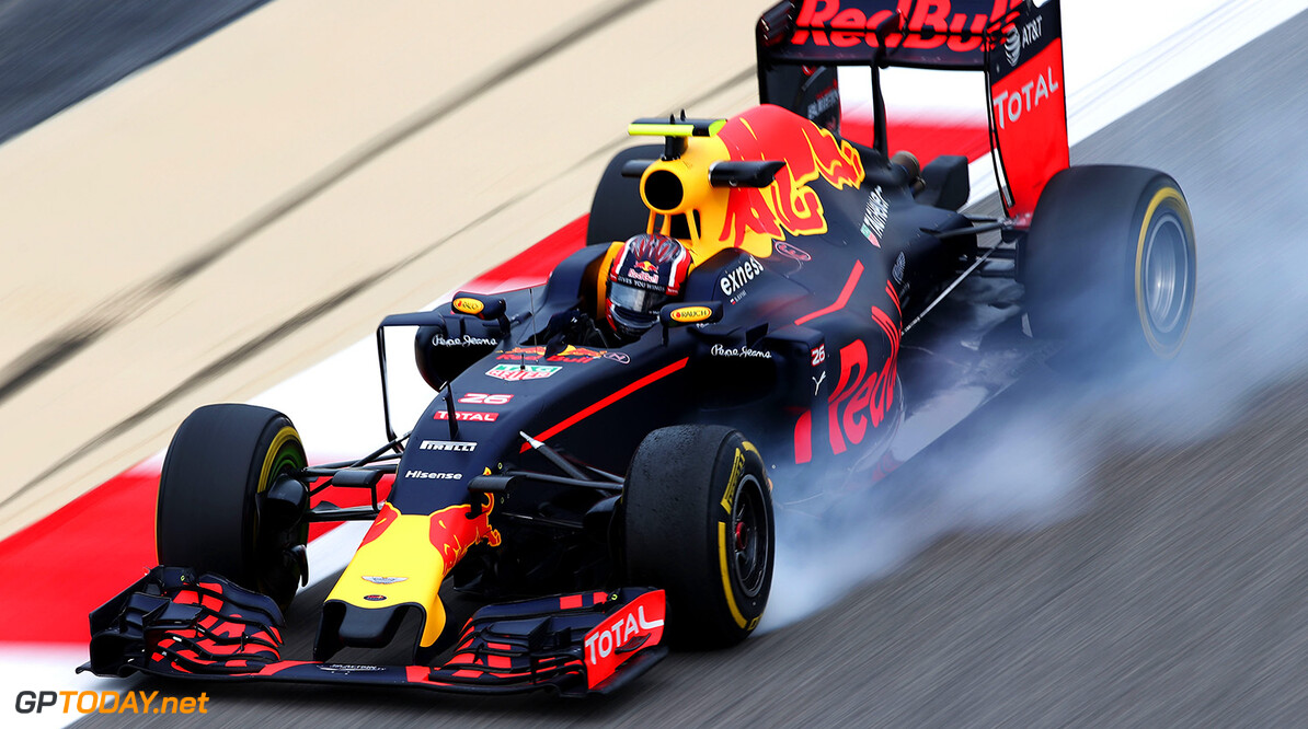 SAKHIR, BAHRAIN - APRIL 01: Daniil Kvyat of Russia drives the (26) Red Bull Racing Red Bull-TAG Heuer RB12 TAG Heuer locks a wheel on track during practice for the Bahrain Formula One Grand Prix at Bahrain International Circuit on April 1, 2016 in Sakhir, Bahrain.  (Photo by Lars Baron/Getty Images) // Getty Images / Red Bull Content Pool  // P-20160401-00582 // Usage for editorial use only // Please go to www.redbullcontentpool.com for further information. //  F1 Grand Prix of Bahrain - Practice Lars Baron As Sakhir Bahrain  P-20160401-00582
