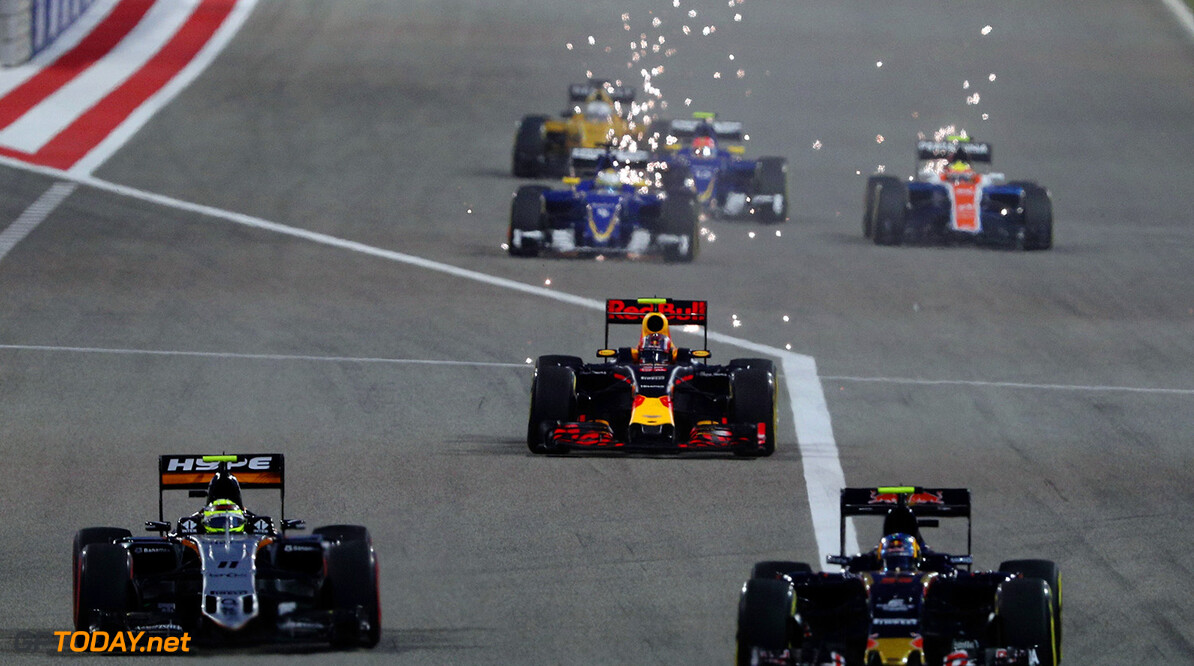SAKHIR, BAHRAIN - APRIL 03: Daniil Kvyat of Russia drives the (26) Red Bull Racing Red Bull-TAG Heuer RB12 TAG Heuer sparks down the main straight on track during the Bahrain Formula One Grand Prix at Bahrain International Circuit on April 3, 2016 in Sakhir, Bahrain.  (Photo by Mark Thompson/Getty Images) // Getty Images / Red Bull Content Pool  // P-20160403-00111 // Usage for editorial use only // Please go to www.redbullcontentpool.com for further information. //  F1 Grand Prix of Bahrain Mark Thompson As Sakhir Bahrain  P-20160403-00111