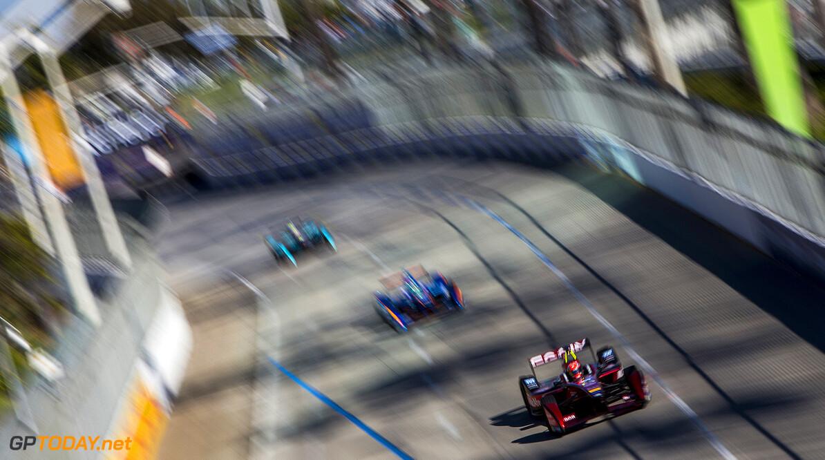 2015/2016 FIA Formula E Championship. Long Beach ePrix, Long Beach, California, United States of America. Saturday 2 April 2016. Loic Duval (FRA), Dragon Racing - Venturi VM200-FE-01. Photo: Zak Mauger/LAT/Formula E ref: Digital Image _79P6571  Zak Mauger    fe formula e action