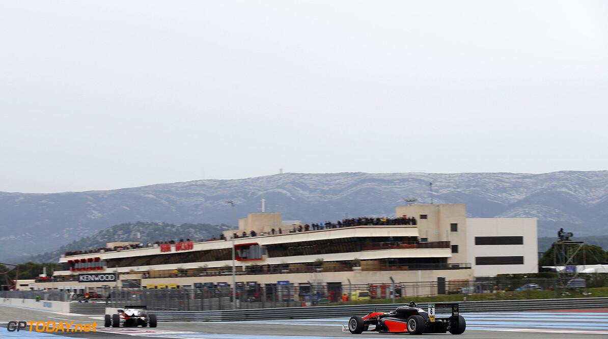 FIA Formula 3 European Championship, round 1, race 2, Paul Ricar 6 Callum Ilott (GBR, Van Amersfoort Racing, Dallara F312 - Mercedes-Benz), 2 Nick Cassidy (NZL, Prema Powerteam, Dallara F312 - Mercedes-Benz), FIA Formula 3 European Championship, round 1, race 2, Paul Ricard (FRA), 01. - 03. April 2016 FIA Formula 3 European Championship 2016, round 1, race 2, Paul Ricard (FRA) Thomas Suer Le Castelet France