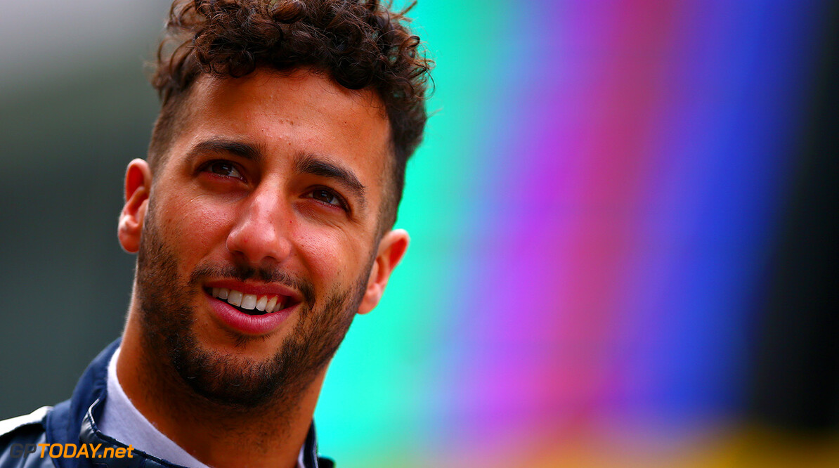 SHANGHAI, CHINA - APRIL 14: Daniel Ricciardo of Australia and Red Bull Racing walks in the Pitlane during previews to the Formula One Grand Prix of China at Shanghai International Circuit on April 14, 2016 in Shanghai, China.  (Photo by Dan Istitene/Getty Images) // Getty Images / Red Bull Content Pool  // P-20160414-00190 // Usage for editorial use only // Please go to www.redbullcontentpool.com for further information. //  F1 Grand Prix of China - Previews Dan Istitene Shanghai China  P-20160414-00190