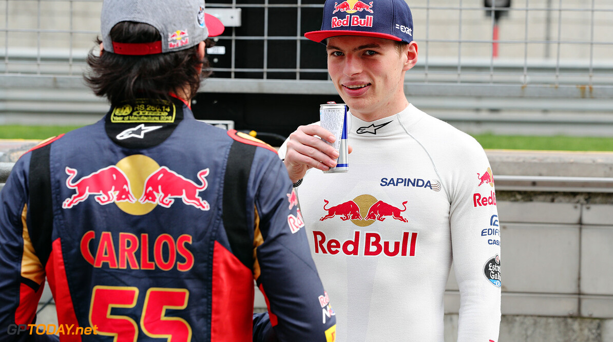 SHANGHAI, CHINA - APRIL 14: Max Verstappen of Netherlands and Scuderia Toro Rosso and Carlos Sainz of Spain and Scuderia Toro Rosso talk in the Pitlane during previews to the Formula One Grand Prix of China at Shanghai International Circuit on April 14, 2016 in Shanghai, China.  (Photo by Mark Thompson/Getty Images) // Getty Images / Red Bull Content Pool  // P-20160414-00152 // Usage for editorial use only // Please go to www.redbullcontentpool.com for further information. //  F1 Grand Prix of China - Previews Mark Thompson Shanghai China  P-20160414-00152