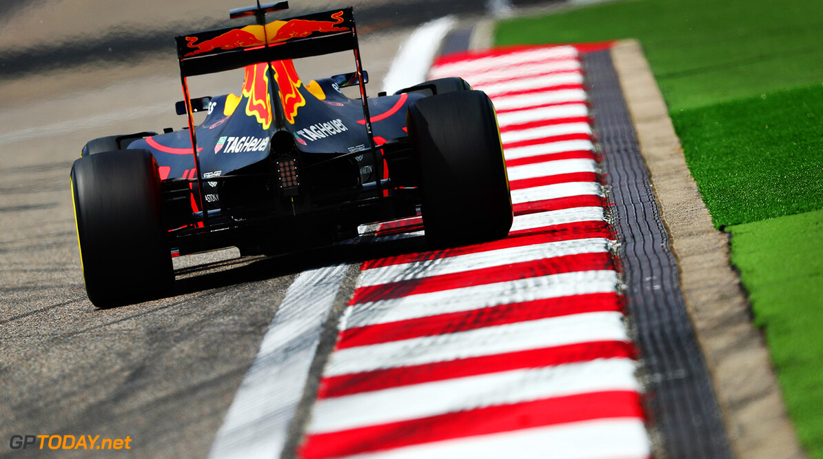 SHANGHAI, CHINA - APRIL 15: Daniel Ricciardo of Australia driving the (3) Red Bull Racing Red Bull-TAG Heuer RB12 TAG Heuer on track during practice for the Formula One Grand Prix of China at Shanghai International Circuit on April 15, 2016 in Shanghai, China.  (Photo by Clive Mason/Getty Images) // Getty Images / Red Bull Content Pool  // P-20160415-00083 // Usage for editorial use only // Please go to www.redbullcontentpool.com for further information. //  F1 Grand Prix of China - Practice Clive Mason Shanghai China  P-20160415-00083