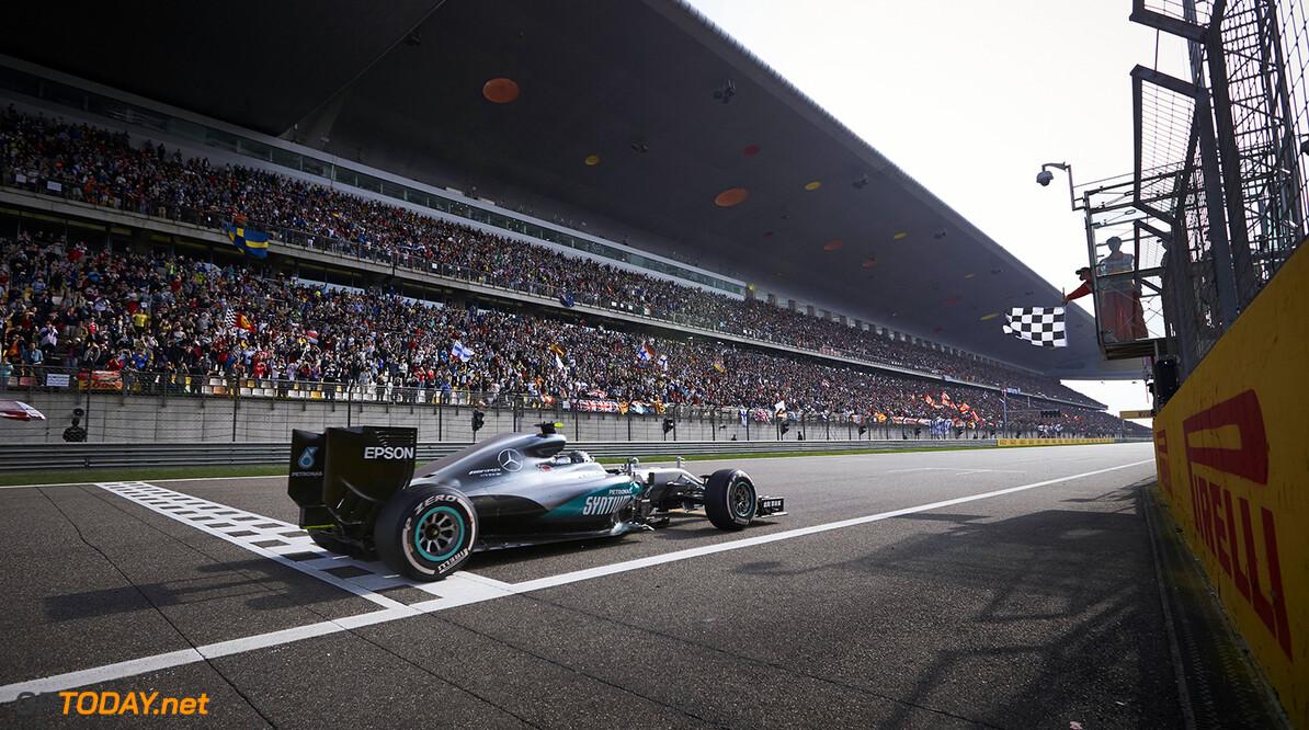 Hamilton not as determined as Rosberg - Tambay