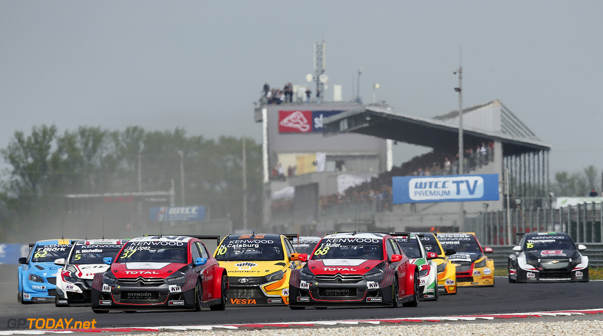 start race 2 during the 2016 FIA WTCC World Touring Car Championship race of Slovakia at Slovakia Ring, from April 15 to 17 2016 - Photo Alexandre Guillaumot / DPPI AUTO - WTCC SLOVAKIA 2016 Alexandre Guillaumot Orechova Poton Slovaquie  Auto CHAMPIONNAT DU MONDE CIRCUIT COURSE FIA Motorsport TOURISME WTCC avril slovaquie