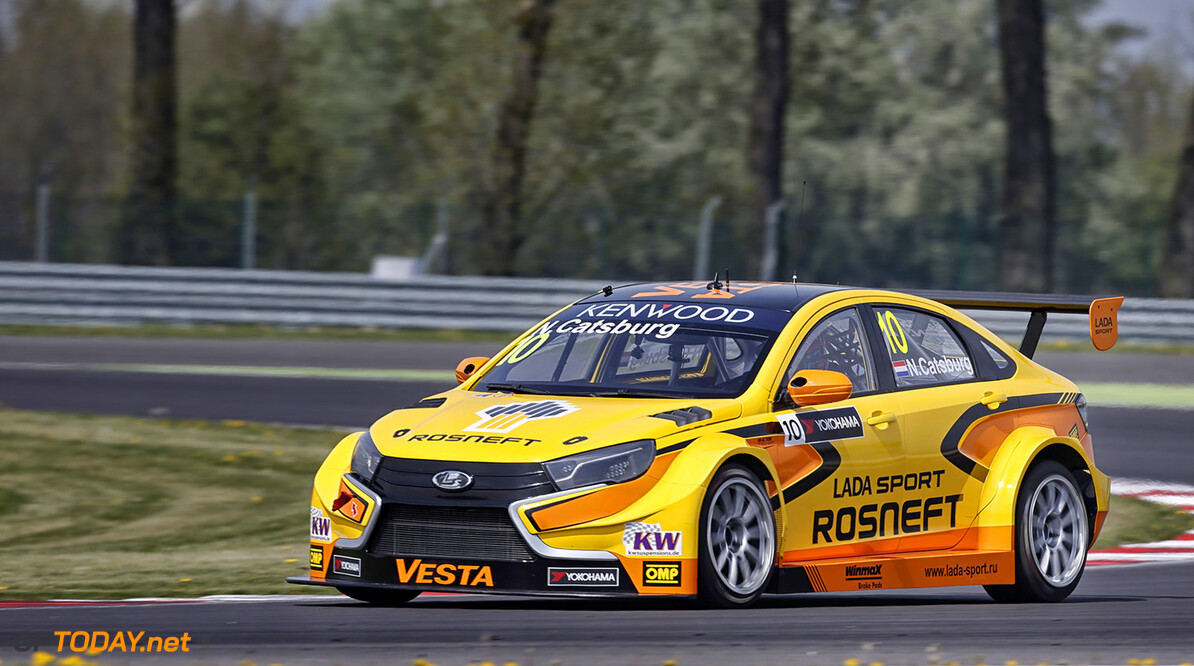 10 CATSBURG Nicky (ned) Lada Vesta team Lada Sport Rosneft action during the 2016 FIA WTCC World Touring Car Championship race of Slovakia at Slovakia Ring, from April 15 to 17 2016 - Photo Fran?ois Flamand / DPPI. AUTO - WTCC SLOVAKIA 2016 Francois Flamand Orechova Poton Slovaquie  auto championnat du monde circuit course fia motorsport slovaquie tourisme wtcc avril