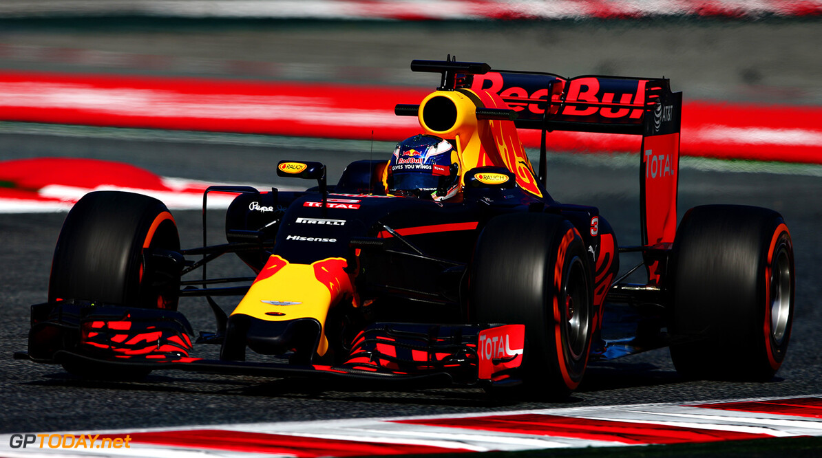 MONTMELO, SPAIN - MAY 13:  Daniel Ricciardo of Australia driving the (3) Red Bull Racing Red Bull-TAG Heuer RB12 TAG Heuer on track during practice for the Spanish Formula One Grand Prix at Circuit de Catalunya on May 13, 2016 in Montmelo, Spain.  (Photo by Dan Istitene/Getty Images) // Getty Images / Red Bull Content Pool  // P-20160513-00242 // Usage for editorial use only // Please go to www.redbullcontentpool.com for further information. //  Spanish F1 Grand Prix - Practice Dan Istitene  Spain  P-20160513-00242