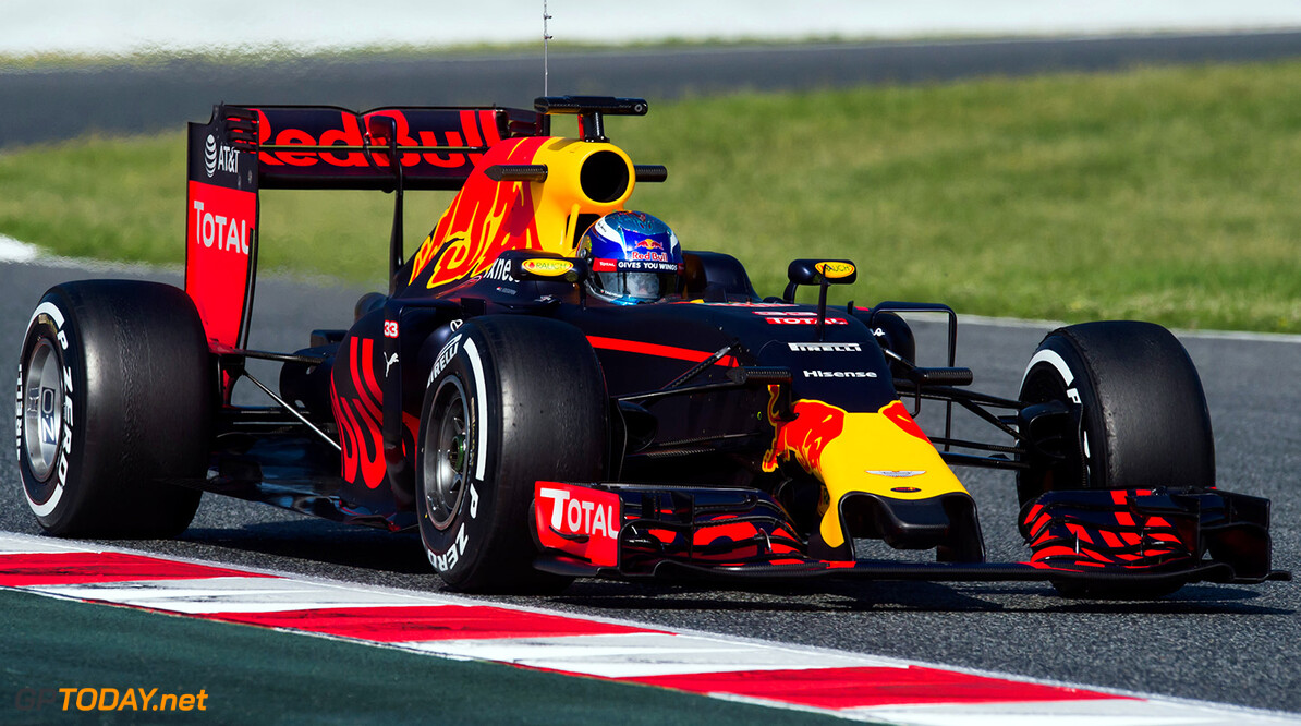 Barcelona day 2: Red Bull Racing stays on top