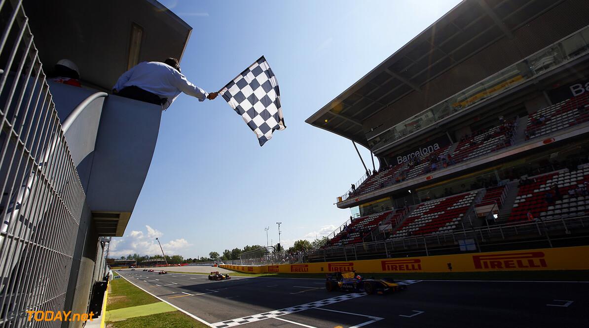 2016 GP2 Series Round 1 Circuit de Catalunya, Barcelona, Spain. Sunday 15 May 2016. Alex Lynn, (GBR, DAMS) takes the chequered flag Photo: Sam Bloxham/GP2 Series Media Service. ref: Digital Image _L4R0099  Sam Bloxham    race two 2 sprint
