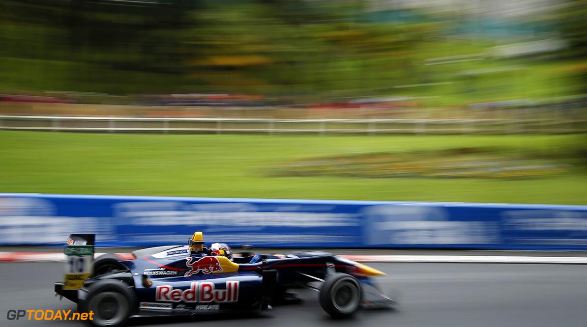 FIA Formula 3 European Championship, round 3, race 2, Pau (FRA) 10 Niko Kari (FIN, Motopark, Dallara F312 - Volkswagen), FIA Formula 3 European Championship, round 3, race 2, Pau (FRA), 13. - 15. May 2016 FIA Formula 3 European Championship 2016, round 3, race 2, Pau (FRA) Thomas Suer Pau France