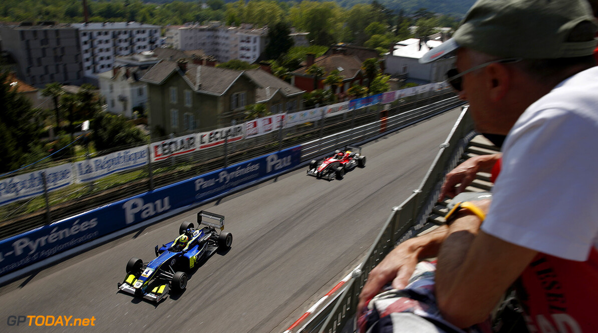 FIA Formula 3 European Championship, round 3, race 3, Pau (FRA) 4 Alessio Lorandi (ITA, Carlin, Dallara F312 - Volkswagen), 1 Lance Stroll (CAN, Prema Powerteam, Dallara F312 - Mercedes-Benz), FIA Formula 3 European Championship, round 3, race 3, Pau (FRA), 13. - 15. May 2016 FIA Formula 3 European Championship 2016, round 3, race 3, Pau (FRA) Thomas Suer Pau France