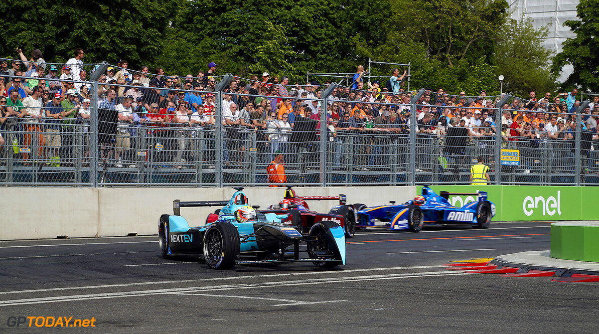 The Race.  Berlin e-Prix, Alexanderplatz, Germany, Europe. Saturday 21 May 2016 Photo: Adam Warner / LAT / FE ref: Digital Image _L5R0500   Adam Warner
