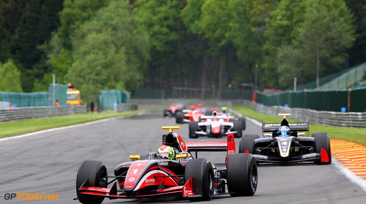 Lotus wederom snel in tweede training, Visser blijft achterin hangen