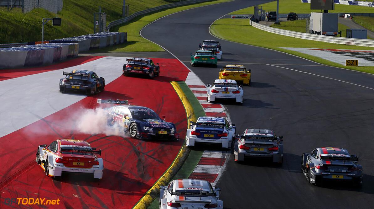 DTM 2016, round 2, race 1, Red Bull Ring (AUT) Start of the race, 5 Mattias Ekstr?m (SWE, Audi Sport Team Abt Sportsline, Audi RS5 DTM) spinning, DTM 2016, round 2, race 1, Red Bull Ring (AUT), 20. - 22. May 2016 DTM 2016, round 2, race 1, Red Bull Ring (AUT) HOCH ZWEI / Thomas Suer Spielberg Austria  VersandPartnerStandard