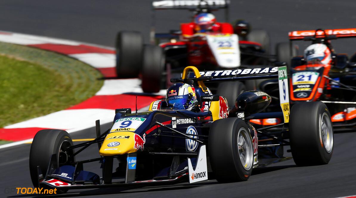 FIA Formula 3 European Championship, round 4, race 1, Red Bull R 9 S?rgio Sette C?mara (BRA, Motopark, Dallara F312 - Volkswagen), 21 Anthoine Hubert (FRA, Van Amersfoort Racing, Dallara F312 - Mercedes-Benz), 23 Guanyu Zhou (CHN, Motopark, Dallara F312 - Volkswagen), FIA Formula 3 European Championship, round 4, race 1, Red Bull Ring (AUT), 20. - 22. May 2016 FIA Formula 3 European Championship 2016, round 4, race 1, Red Bull Ring (AUT) Thomas Suer Spielberg Austria