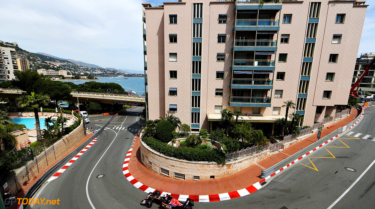 MONTE-CARLO, MONACO - MAY 26: Daniil Kvyat of Russia driving the (26) Scuderia Toro Rosso STR11 Ferrari 060/5 turbo on track during practice for the Monaco Formula One Grand Prix at Circuit de Monaco on May 26, 2016 in Monte-Carlo, Monaco.  (Photo by Mark Thompson/Getty Images) // Getty Images / Red Bull Content Pool  // P-20160526-00471 // Usage for editorial use only // Please go to www.redbullcontentpool.com for further information. //  F1 Grand Prix of Monaco - Practice Mark Thompson Monte-Carlo (City) Monaco  P-20160526-00471