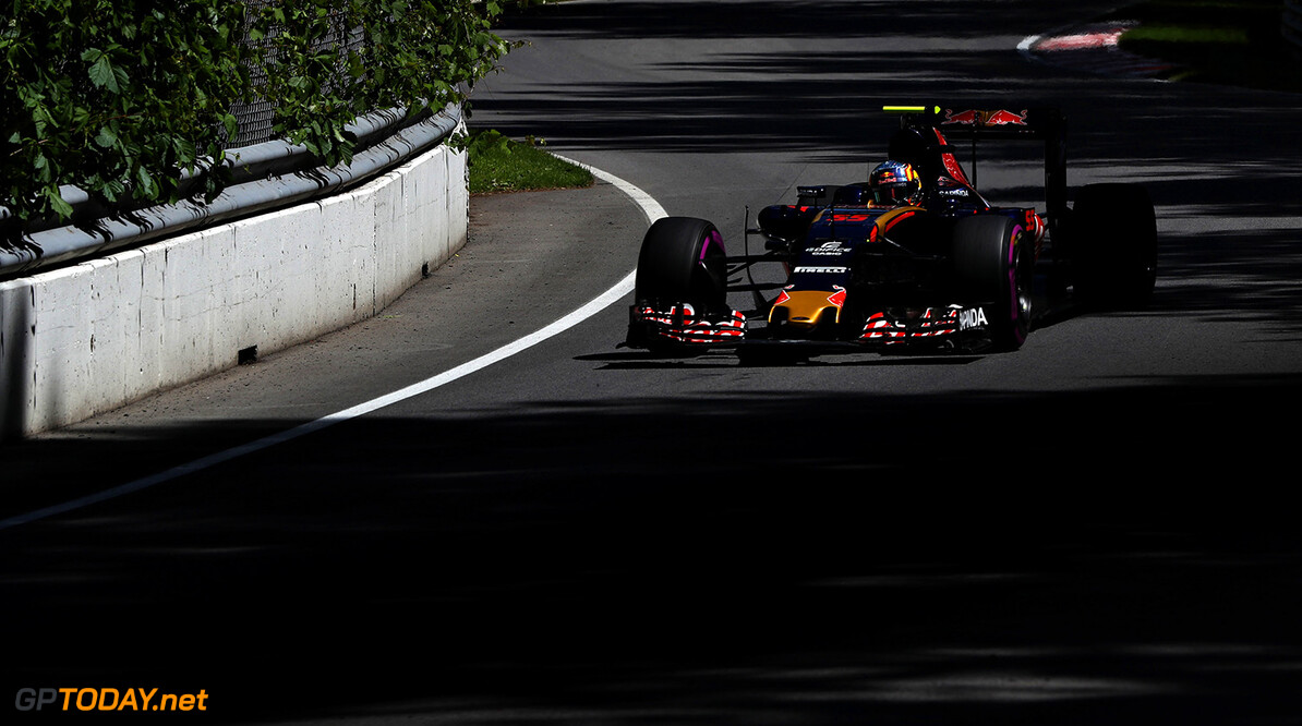MONTREAL, QC - JUNE 10: Carlos Sainz of Spain driving the (55) Scuderia Toro Rosso STR11 Ferrari 060/5 turbo on track during practice for the Canadian Formula One Grand Prix at Circuit Gilles Villeneuve on June 9, 2016 in Montreal, Canada.  (Photo by Mark Thompson/Getty Images) // Getty Images / Red Bull Content Pool  // P-20160610-01118 // Usage for editorial use only // Please go to www.redbullcontentpool.com for further information. //  Canadian F1 Grand Prix - Practice Mark Thompson Montreal (City) Canada  P-20160610-01118