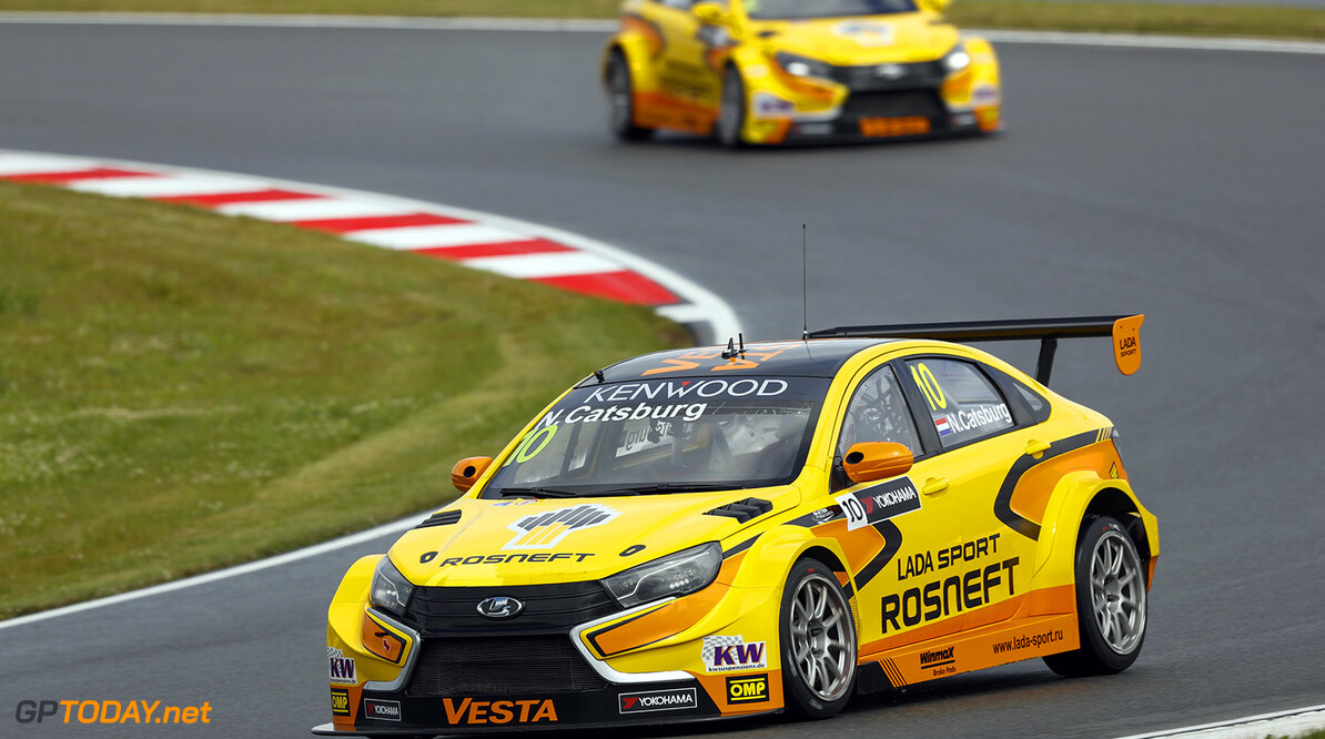 10 CATSBURG Nicky (ned) Lada Vesta team Lada Sport Rosneft 02 TARQUINI Gabriele (ita) Lada Vesta team Lada Sport Rosneft action during the 2016 FIA WTCC World Touring Car Race of Moscow at Moscow Raceway, Russia from June 10 to 12 2016 - Photo Florent Gooden / DPPI AUTO - WTCC MOSCOW 2016 Florent Gooden Moscow Russie  AUTO CHAMPIONNAT DU MONDE CIRCUIT COURSE FIA Motorsport Russie TOURISME WTCC europe moscou