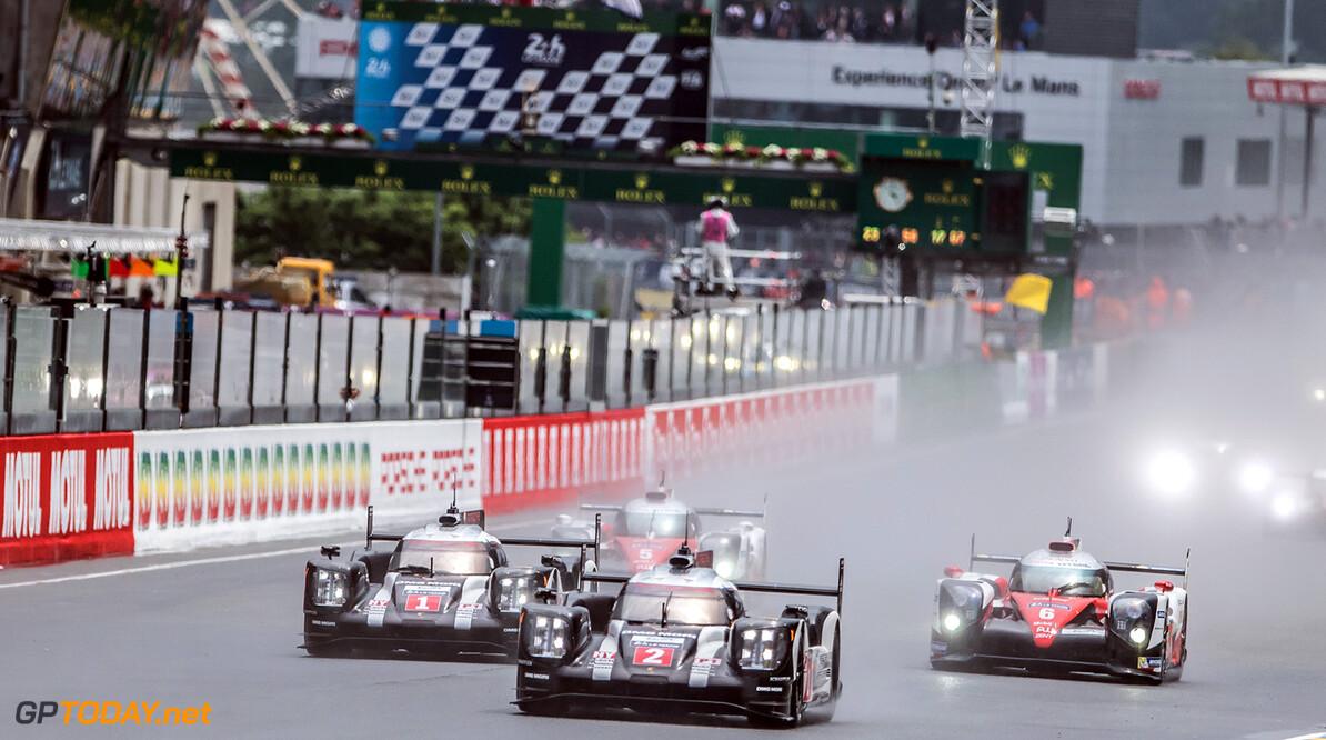GT7D1660.jpg Start Le Mans 24 Hour - Circuit des 24H du Mans  - Le Mans - France   Start Le Mans 24 Hour - Circuit des 24H du Mans  - Le Mans - France   Gabi Tomescu Le Mans France  Adrenal Media 24h Le Mans Endurance France