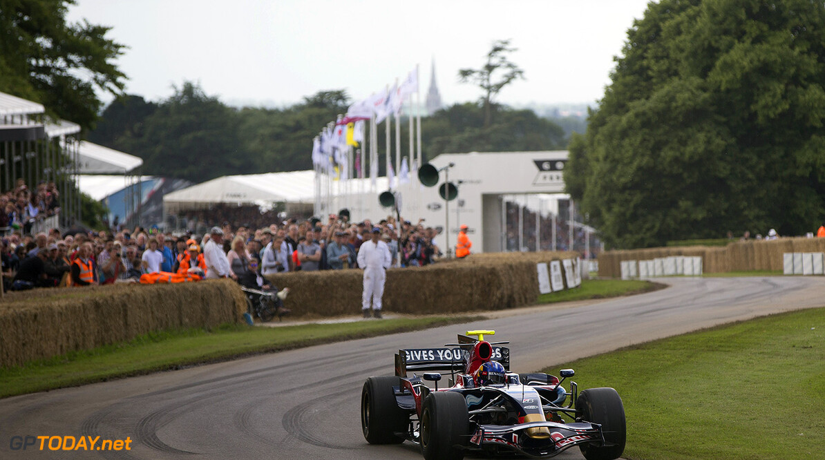 CHICHESTER, ENGLAND - JUNE 25:  Adrian Newey, the Chief Technical Officer of Red Bull Racing drives the Scuderia Toro Rosso STR03 at the Goodwood Festival of Speed on June 25, 2016 in Chichester, England.  (Photo by Andrew Hone/Getty Images for Red Bull Racing) // Getty Images / Red Bull Content Pool  // P-20160625-00595 // Usage for editorial use only // Please go to www.redbullcontentpool.com for further information. //  Goodwood Festival of Speed Andrew Hone  Azerbaijan  P-20160625-00595