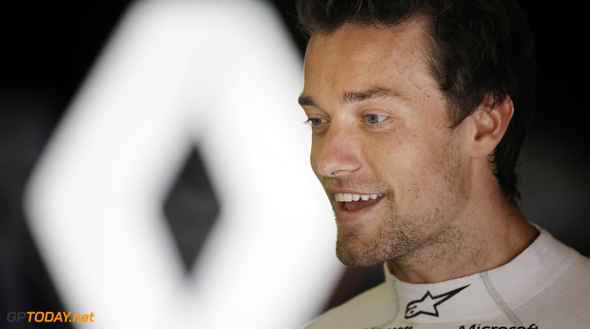 PALMER Jolyon (gbr) Renault F1 RS.16 driver Renault Sport F1 team ambiance portrait during the 2016 Formula One World Championship, Grand Prix of Austria from July 1 to 3 ,  in Spielberg, Austria - Photo Francois Flamand / DPPI F1 - AUSTRIA GRAND PRIX 2016 Francois Flamand Spielberg Autriche  auto autriche car f1 formula 1 formula one formule 1 formule un gp grand prix juiullet motorsport race world championship