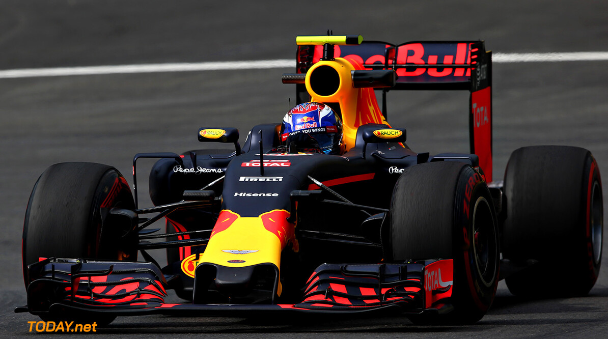 SPIELBERG, AUSTRIA - JULY 01: Max Verstappen of the Netherlands driving the (33) Red Bull Racing Red Bull-TAG Heuer RB12 TAG Heuer on track during practice for the Formula One Grand Prix of Austria at Red Bull Ring on July 1, 2016 in Spielberg, Austria.  (Photo by Charles Coates/Getty Images) // Getty Images / Red Bull Content Pool  // P-20160701-00359 // Usage for editorial use only // Please go to www.redbullcontentpool.com for further information. //  F1 Grand Prix of Austria - Practice Charles Coates Spielberg Germany  P-20160701-00359