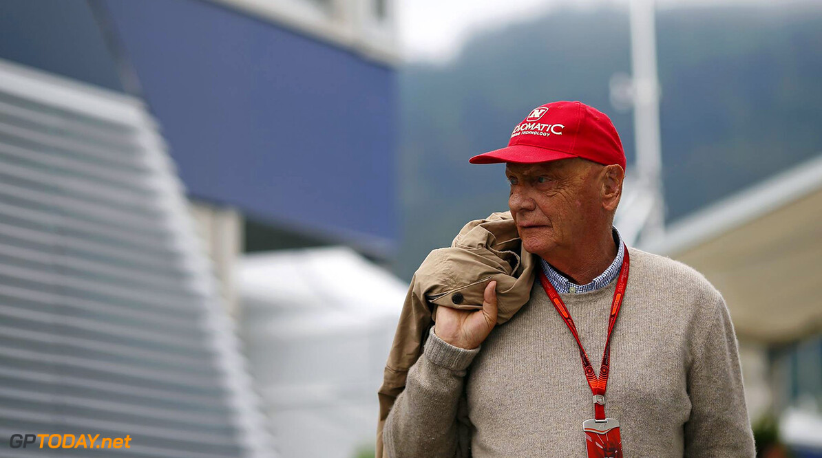 Lauda expects 'tough year' for Mercedes