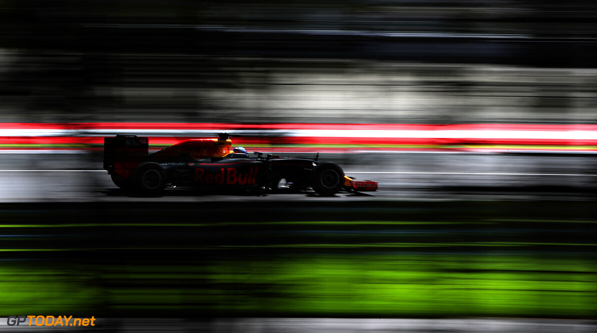 SPIELBERG, AUSTRIA - JULY 01: Daniel Ricciardo of Australia driving the (3) Red Bull Racing Red Bull-TAG Heuer RB12 TAG Heuer on track during practice for the Formula One Grand Prix of Austria at Red Bull Ring on July 1, 2016 in Spielberg, Austria.  (Photo by Mark Thompson/Getty Images) // Getty Images / Red Bull Content Pool  // P-20160701-00649 // Usage for editorial use only // Please go to www.redbullcontentpool.com for further information. //  F1 Grand Prix of Austria - Practice Mark Thompson Spielberg Germany  P-20160701-00649
