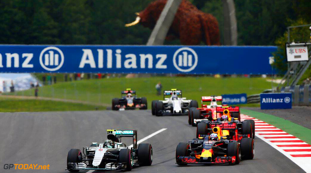 Toto Wolff aware of threat from rivals in final races