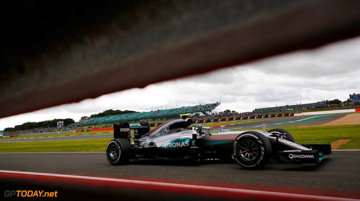 Mercedes ziet af van beroep tegen straf Rosberg