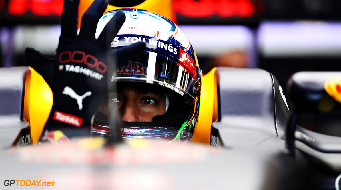 NORTHAMPTON, ENGLAND - JULY 08: Daniel Ricciardo of Australia and Red Bull Racing gets ready in his car in the garage during practice for the Formula One Grand Prix of Great Britain at Silverstone on July 8, 2016 in Northampton, England.  (Photo by Mark Thompson/Getty Images) // Getty Images / Red Bull Content Pool  // P-20160708-01607 // Usage for editorial use only // Please go to www.redbullcontentpool.com for further information. //  F1 Grand Prix of Great Britain - Practice Mark Thompson Silverstone United Kingdom  P-20160708-01607