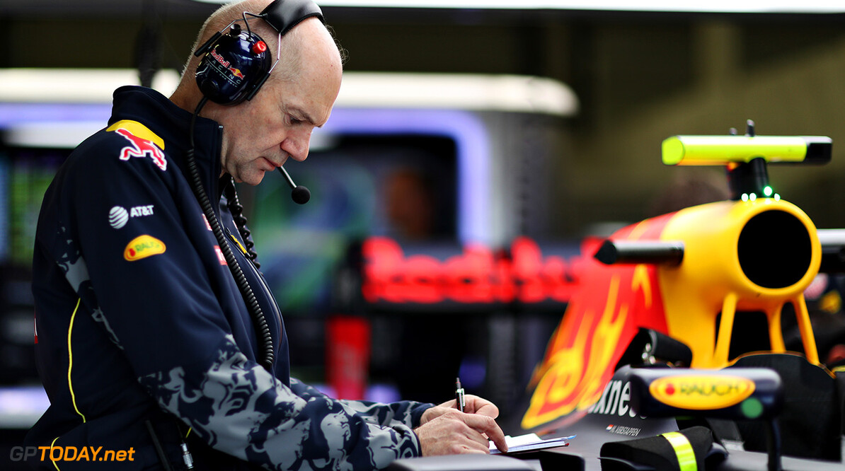 NORTHAMPTON, ENGLAND - JULY 08: Adrian Newey, the Chief Technical Officer of Red Bull Racing looks at the car in the garage during practice for the Formula One Grand Prix of Great Britain at Silverstone on July 8, 2016 in Northampton, England.  (Photo by Mark Thompson/Getty Images) // Getty Images / Red Bull Content Pool  // P-20160708-00620 // Usage for editorial use only // Please go to www.redbullcontentpool.com for further information. //  F1 Grand Prix of Great Britain - Practice Mark Thompson Silverstone United Kingdom  P-20160708-00620