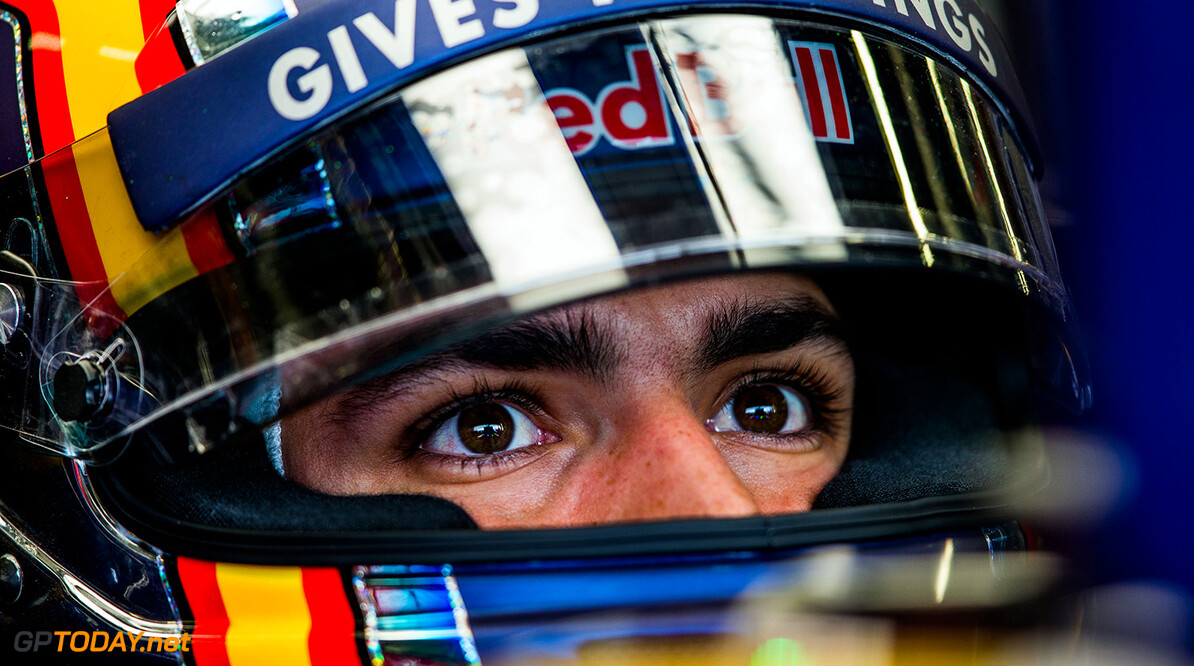 NORTHAMPTON, ENGLAND - JULY 08:  Carlos Sainz of Scuderia Toro Rosso and Spain during practice for the Formula One Grand Prix of Great Britain at Silverstone on July 8, 2016 in Northampton, England.  (Photo by Peter Fox/Getty Images) // Getty Images / Red Bull Content Pool  // P-20160708-00715 // Usage for editorial use only // Please go to www.redbullcontentpool.com for further information. //  F1 Grand Prix of Great Britain - Practice Peter Fox Silverstone United Kingdom  P-20160708-00715