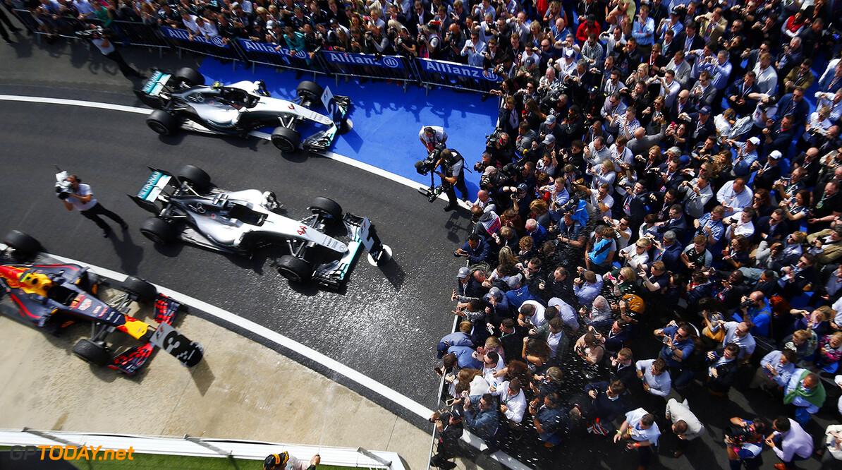 Archivnummer: M35481 Grosser Preis von Grossbritannien 2016, Sonntag 2016 British Grand Prix, Sunday Wolfgang Wilhelm Silverstone Grossbritannien  Sonntag Silverstone Circuit Grossbritannien Grand Prix 2016