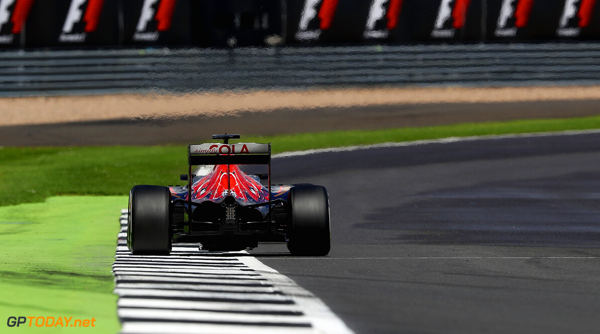 NORTHAMPTON, ENGLAND - JULY 10: Daniil Kvyat of Russia driving the (26) Scuderia Toro Rosso STR11 Ferrari 060/5 turbo on track during the Formula One Grand Prix of Great Britain at Silverstone on July 10, 2016 in Northampton, England.  (Photo by Clive Mason/Getty Images) // Getty Images / Red Bull Content Pool  // P-20160710-01279 // Usage for editorial use only // Please go to www.redbullcontentpool.com for further information. //  F1 Grand Prix of Great Britain Clive Mason Silverstone United Kingdom  P-20160710-01279