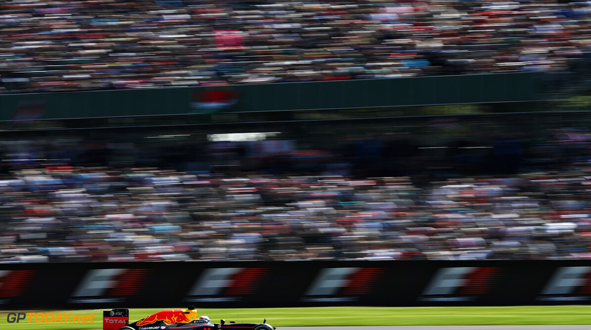 NORTHAMPTON, ENGLAND - JULY 10: Daniel Ricciardo of Australia driving the (3) Red Bull Racing Red Bull-TAG Heuer RB12 TAG Heuer on track during the Formula One Grand Prix of Great Britain at Silverstone on July 10, 2016 in Northampton, England.  (Photo by Mark Thompson/Getty Images) // Getty Images / Red Bull Content Pool  // P-20160710-01218 // Usage for editorial use only // Please go to www.redbullcontentpool.com for further information. //  F1 Grand Prix of Great Britain Mark Thompson Silverstone United Kingdom  P-20160710-01218