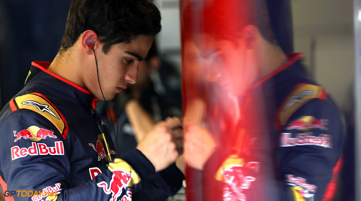 NORTHAMPTON, ENGLAND - JULY 13:  Sergio Sette Camara of Brazil prepares to drive the Scuderia Toro Rosso STR11 Ferrari 060/5 turbo during F1 testing at Silverstone Circuit on July 13, 2016 in Northampton, England.  (Photo by Mark Thompson/Getty Images) // Getty Images / Red Bull Content Pool  // P-20160713-01445 // Usage for editorial use only // Please go to www.redbullcontentpool.com for further information. //  F1 Testing at Silverstone Mark Thompson Silverstone United Kingdom  P-20160713-01445