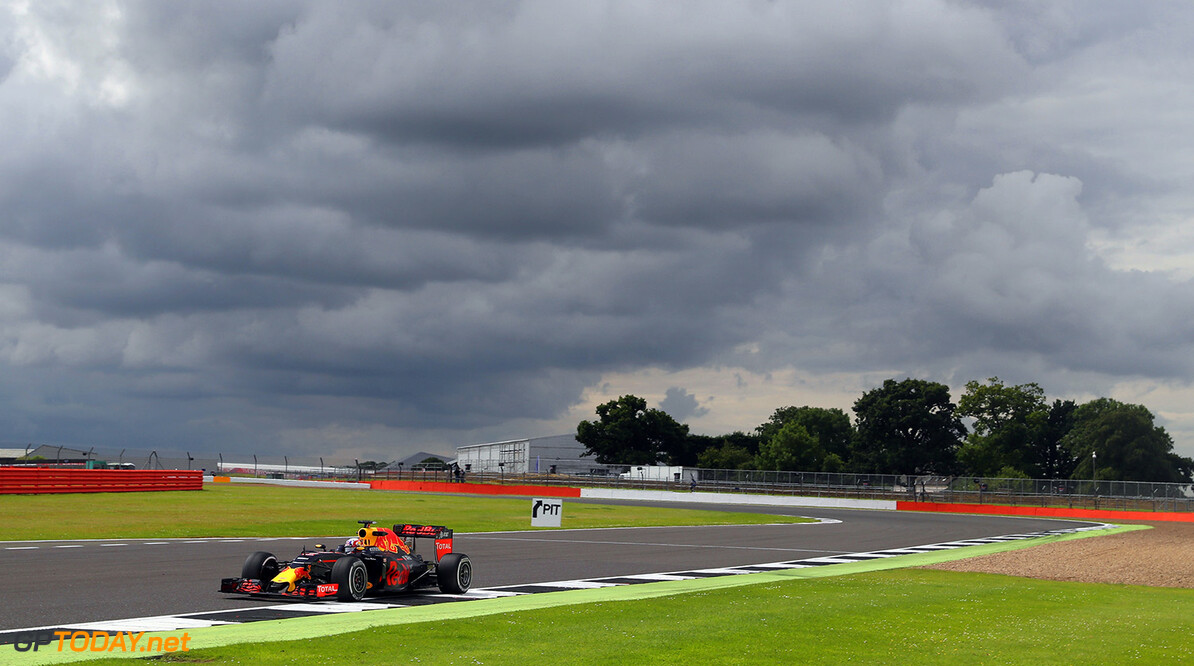 NORTHAMPTON, ENGLAND - JULY 13:  Pierre Gasly of  France and Red Bull Racing drives the Red Bull-TAG Heuer RB12 during F1 testing at Silverstone Circuit on July 13, 2016 in Northampton, England.  (Photo by Mark Thompson/Getty Images) // Getty Images / Red Bull Content Pool  // P-20160713-01011 // Usage for editorial use only // Please go to www.redbullcontentpool.com for further information. //  F1 Testing at Silverstone Mark Thompson Silverstone United Kingdom  P-20160713-01011