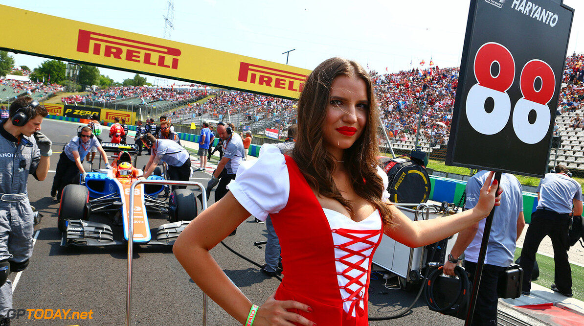 Formula One World Championship Grid girl for Rio Haryanto (IDN) Manor Racing. 24.07.2016. Formula 1 World Championship, Rd 11, Hungarian Grand Prix, Budapest, Hungary, Race Day. Motor Racing - Formula One World Championship - Hungarian Grand Prix - Race Day - Budapest, Hungary Manor Racing Budapest Hungary  Formel1 Formel F1 Formula 1 Formula1 GP Grand Prix one Circuit July Hungary Hungarian Hungaroring Budapest Sunday 24 7 07 2016 Girl Woman Lady Babe Chick Portrait