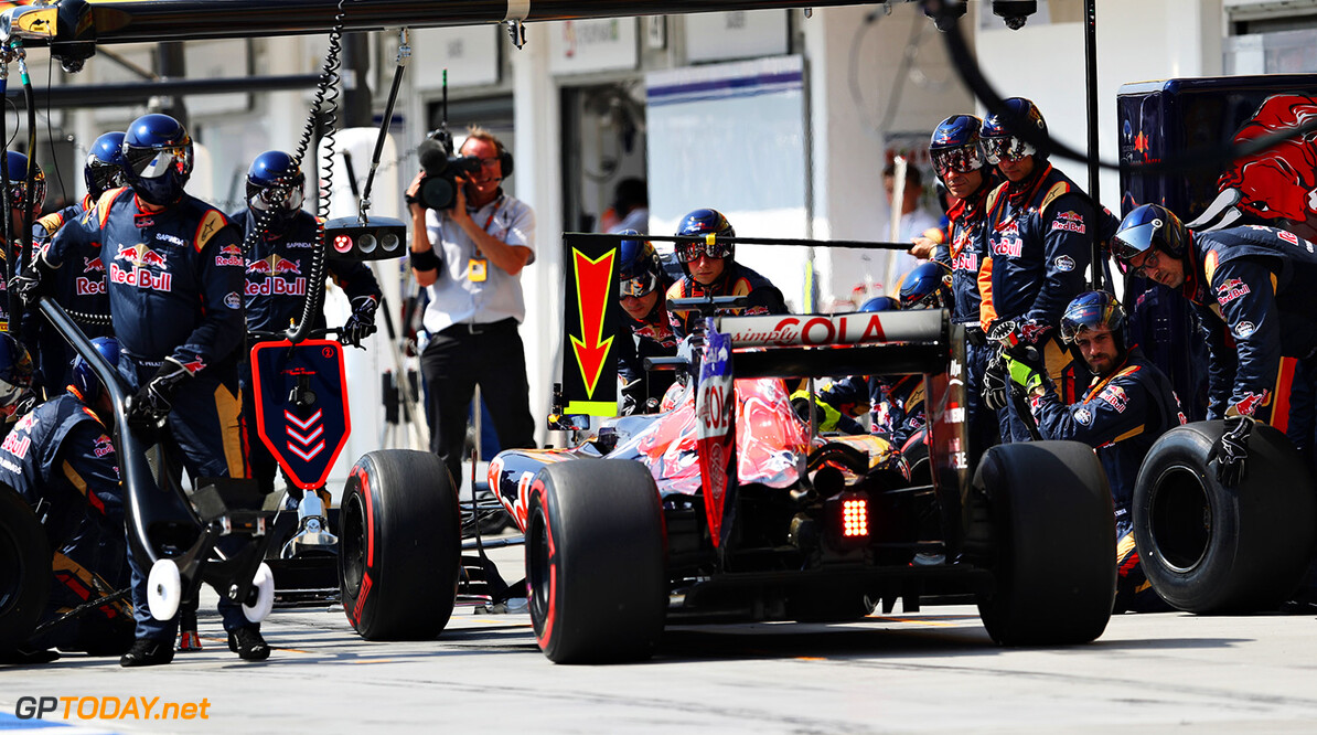 BUDAPEST, HUNGARY - JULY 24:  Daniil Kvyat of Russia driving the (26) Scuderia Toro Rosso STR11 Ferrari 060/5 turbo makes a pit stop during the Formula One Grand Prix of Hungary at Hungaroring on July 24, 2016 in Budapest, Hungary.  (Photo by Mark Thompson/Getty Images) // Getty Images / Red Bull Content Pool  // P-20160724-00553 // Usage for editorial use only // Please go to www.redbullcontentpool.com for further information. //  F1 Grand Prix of Hungary Mark Thompson Budapest Hungary  P-20160724-00553