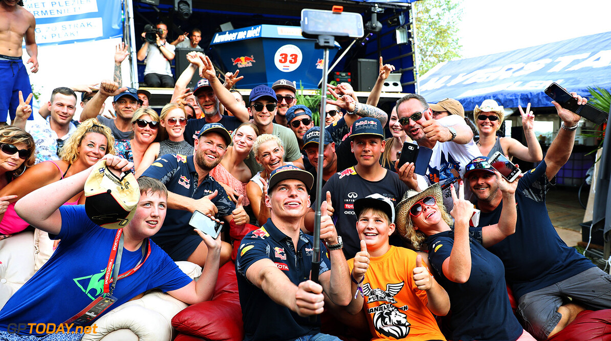SPA, BELGIUM - AUGUST 26: Max Verstappen of Netherlands and Red Bull Racing takes a selfie with a crowd of fans after practice for the Formula One Grand Prix of Belgium at Circuit de Spa-Francorchamps on August 26, 2016 in Spa, Belgium.  (Photo by Mark Thompson/Getty Images) // Getty Images / Red Bull Content Pool  // P-20160826-01430 // Usage for editorial use only // Please go to www.redbullcontentpool.com for further information. //  F1 Grand Prix of Belgium - Practice Mark Thompson Spa Belgium  P-20160826-01430