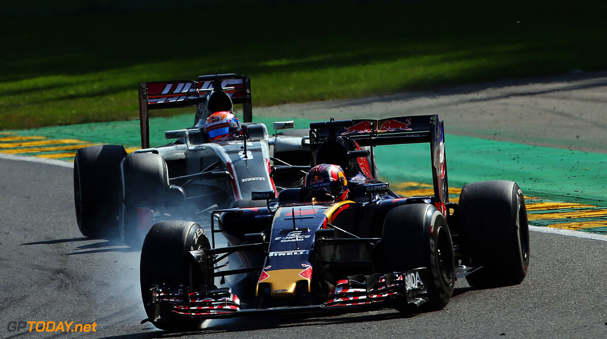 SPA, BELGIUM - AUGUST 28: Daniil Kvyat of Russia driving the (26) Scuderia Toro Rosso STR11 Ferrari 060/5 turbo leads Romain Grosjean of France driving the (8) Haas F1 Team Haas-Ferrari VF-16 Ferrari 059/5 turbo on track during the Formula One Grand Prix of Belgium at Circuit de Spa-Francorchamps on August 28, 2016 in Spa, Belgium  (Photo by Charles Coates/Getty Images) // Getty Images / Red Bull Content Pool  // P-20160828-01702 // Usage for editorial use only // Please go to www.redbullcontentpool.com for further information. //  F1 Grand Prix of Belgium Charles Coates Spa Belgium  P-20160828-01702