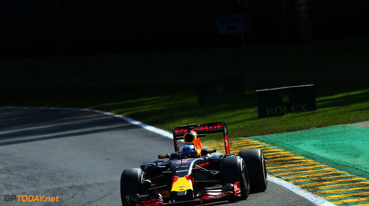 SPA, BELGIUM - AUGUST 28: Daniel Ricciardo of Australia driving the (3) Red Bull Racing Red Bull-TAG Heuer RB12 TAG Heuer on track during the Formula One Grand Prix of Belgium at Circuit de Spa-Francorchamps on August 28, 2016 in Spa, Belgium  (Photo by Charles Coates/Getty Images) // Getty Images / Red Bull Content Pool  // P-20160828-01013 // Usage for editorial use only // Please go to www.redbullcontentpool.com for further information. //  F1 Grand Prix of Belgium Charles Coates Spa Belgium  P-20160828-01013